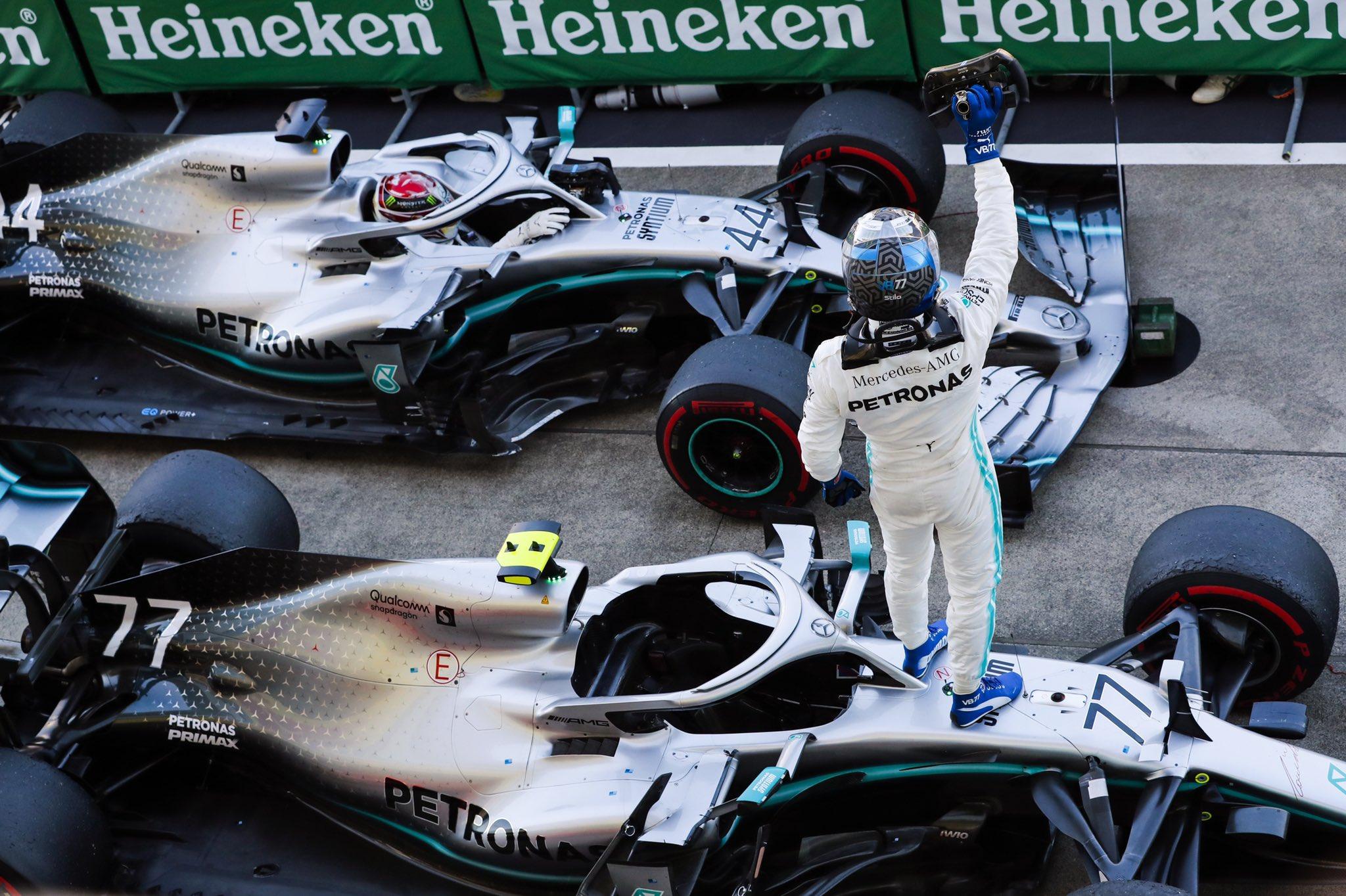 Bottas remporte la victoire, Mercedes le titre!