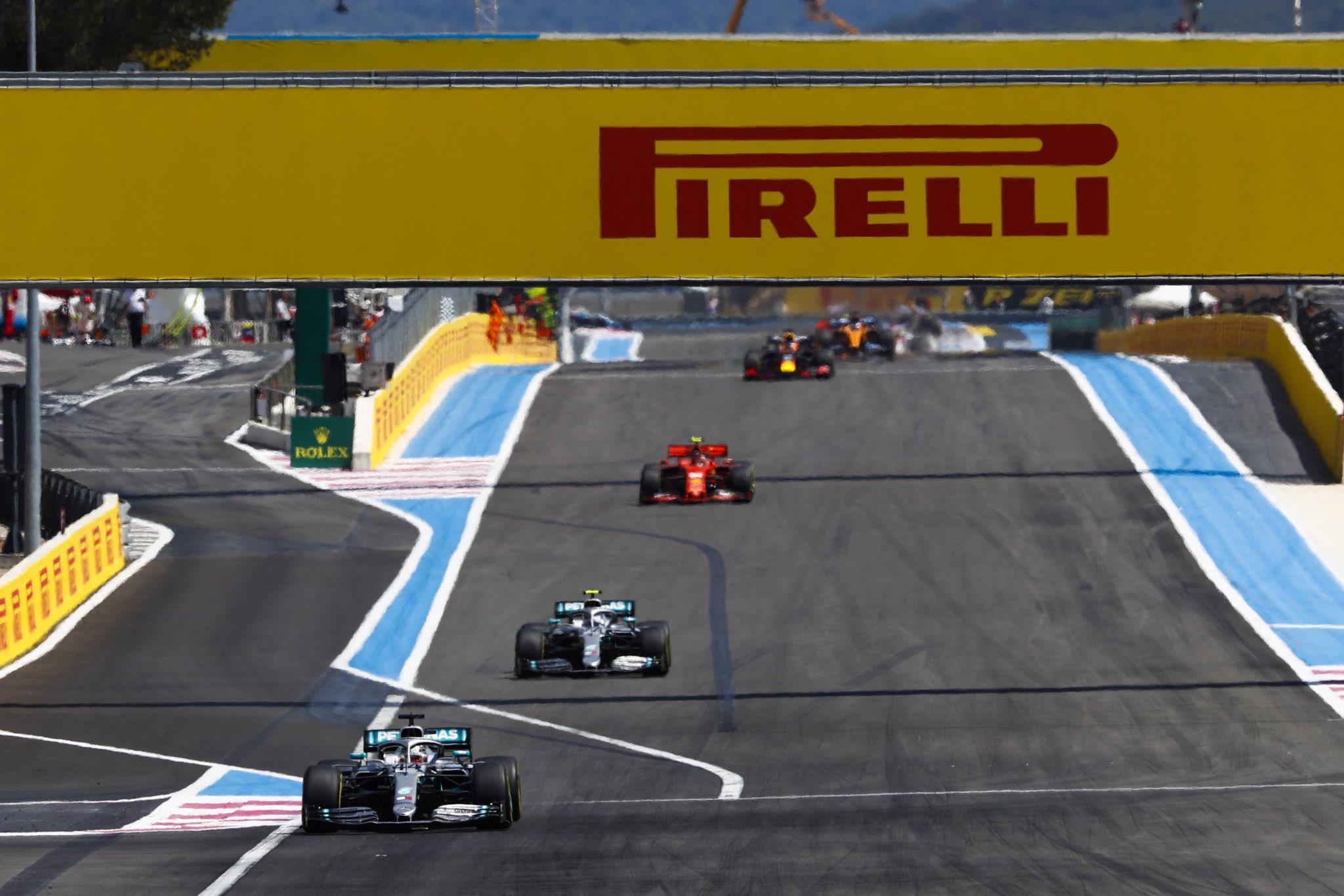 Hamilton intouchable, nouveau doublé Mercedes en France