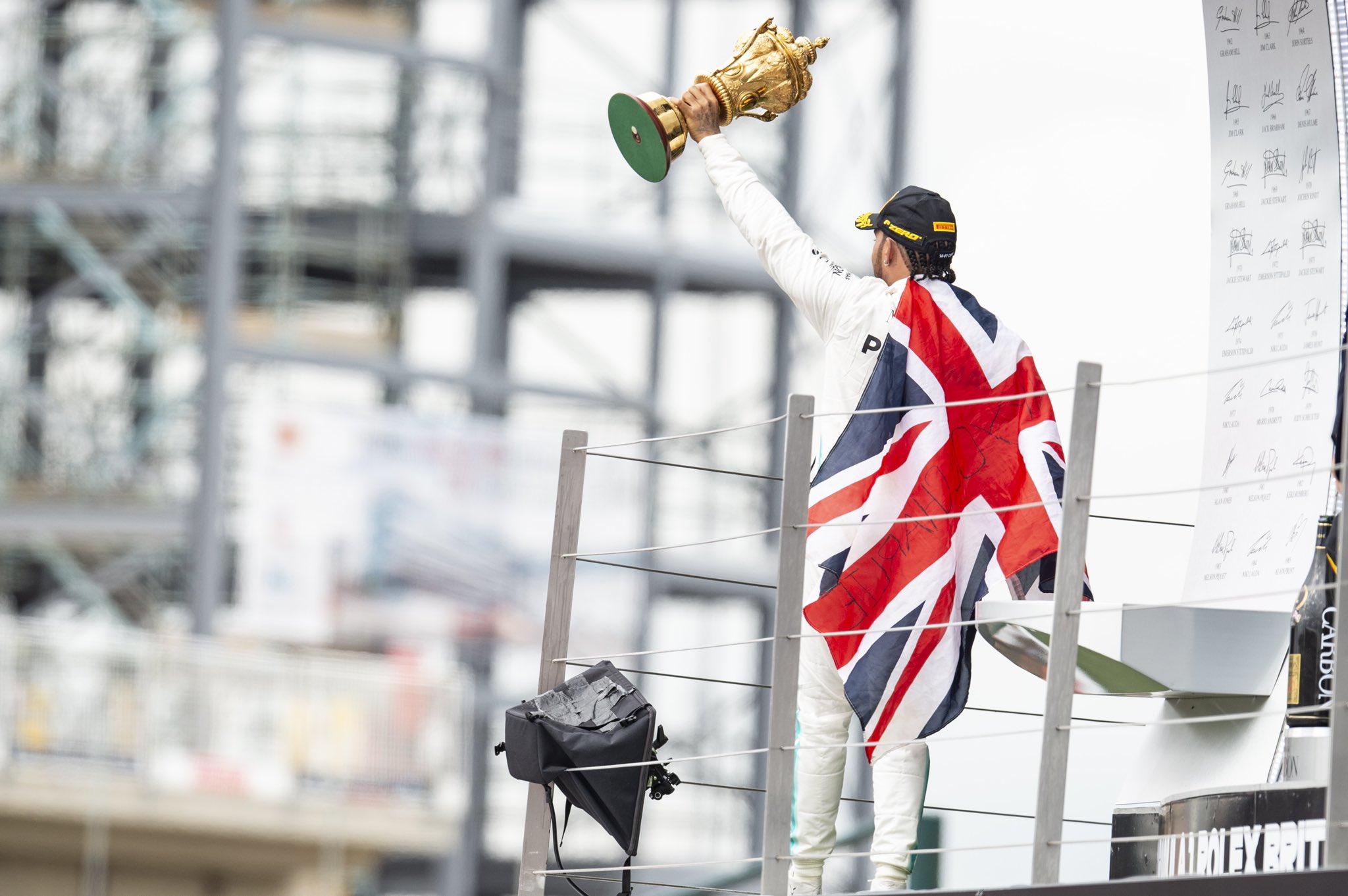 Victoire de Hamilton à domicile grâce à la Safety-Car