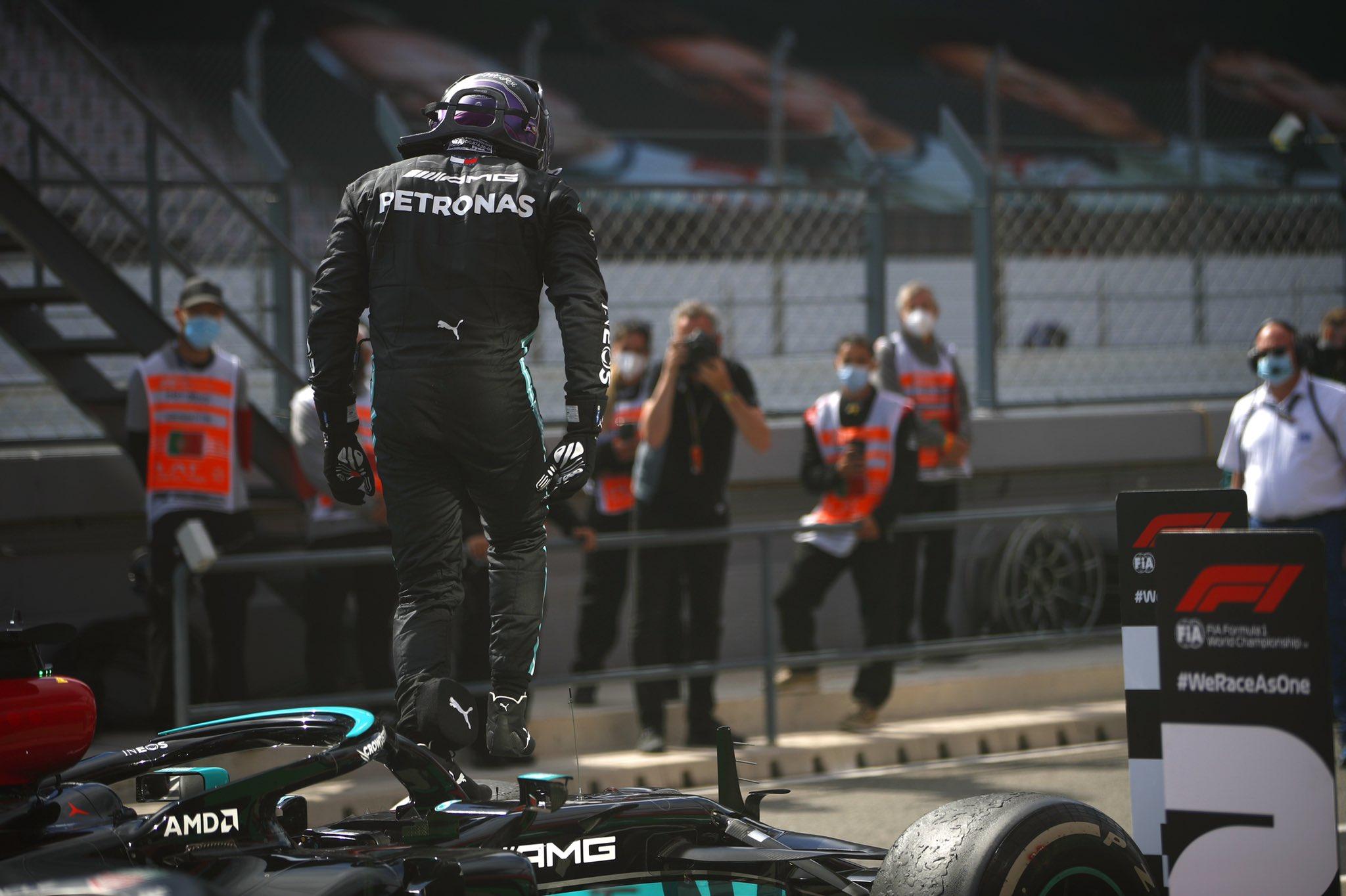Hamilton remporte la bataille au Portugal
