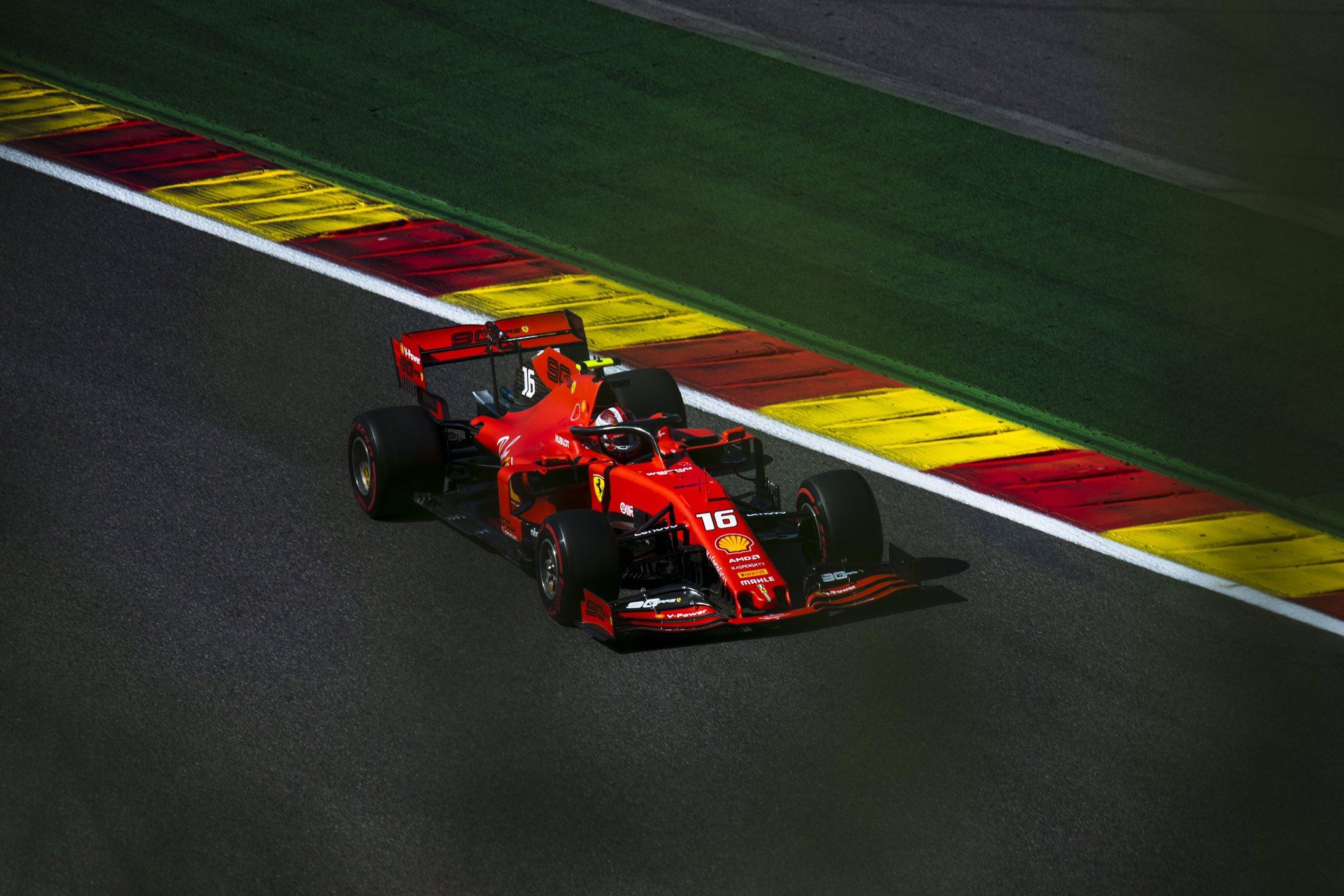 La pole pour Leclerc, 1ère ligne Ferrari à Spa!