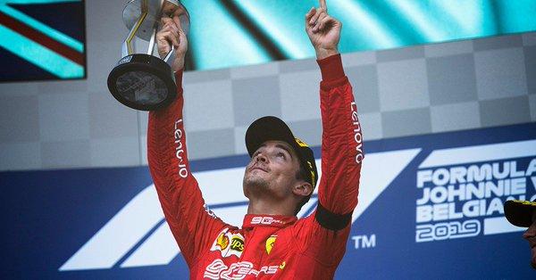 Leclerc gagne à Spa et dédie sa victoire à Hubert