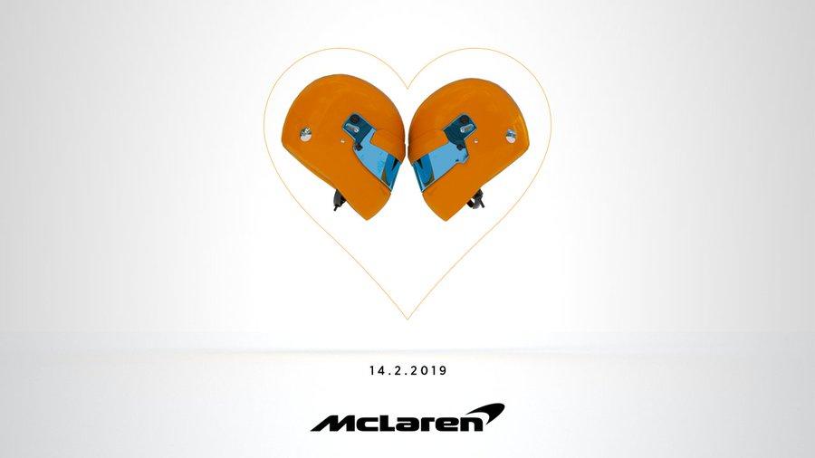 Présentation de la MCL34 le jour de la St Valentin