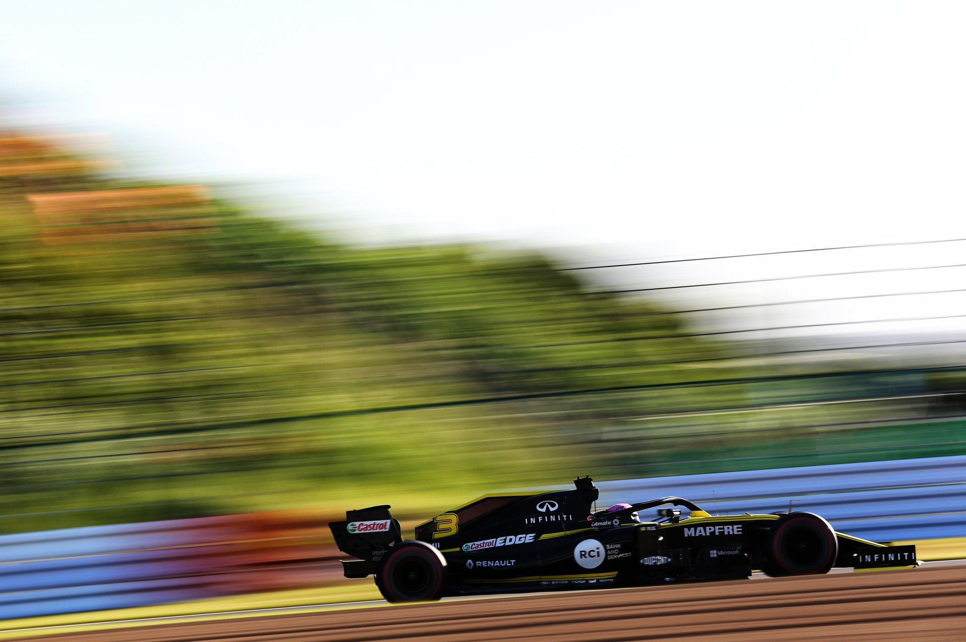 Les Renault sont disqualifiées du GP du Japon