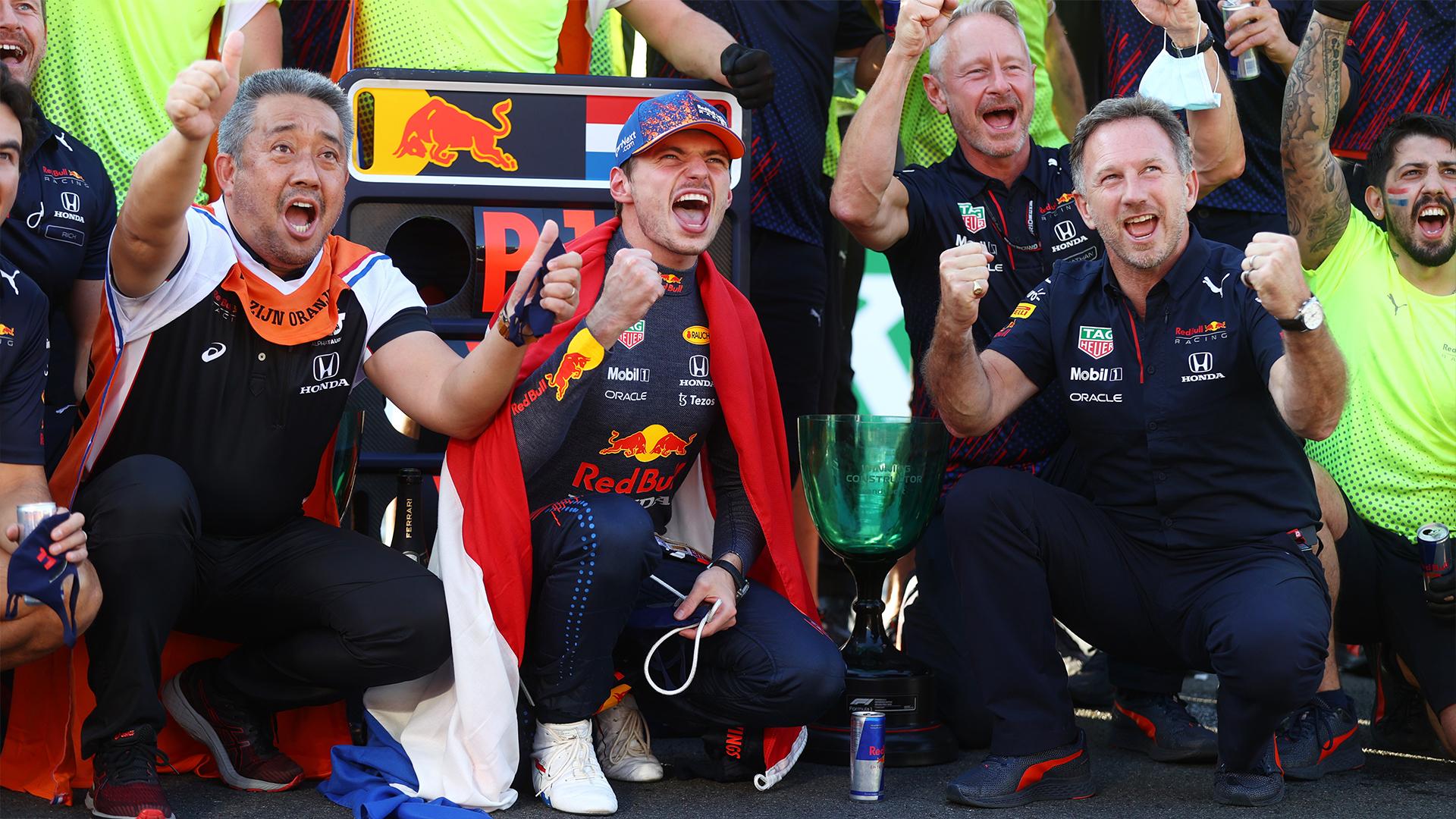 Verstappen s'impose devant ses fans